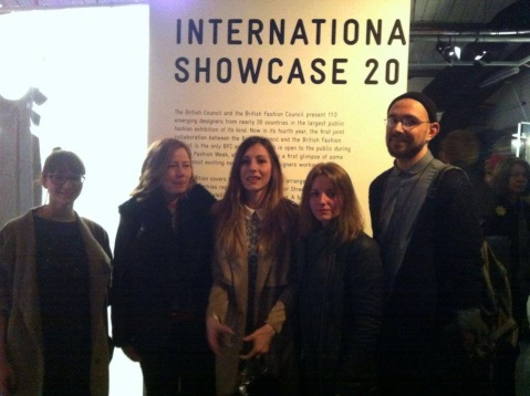 """Untamed Skin – The Romanian Blouse"", premiată la The International Fashion Showcase 2015"