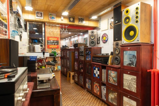 PURE INDIE RECORDS // VINYL ARTWORK COVERS EXHIBITION